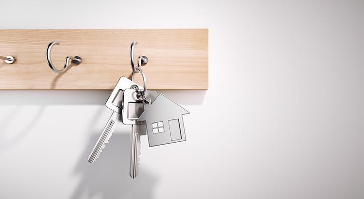 Hanging House Keys with Keyring